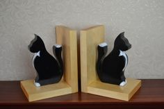 Wooden cat bookends £20.00