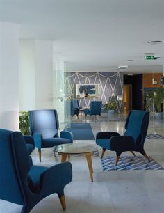 The Parco dei Principi is a hotel from the 1960s designed in detail by Gio Ponti and remains unchanged to this day. Set on a cliff in Sorrento, it offers spectacular views of the Bay of Naples and the Vesuvius. It is surrounded by lush, mature Mediterranean park of 27,000m2 with a salt-water swimming pool and a private beach with sun loungers, parasols and towels free-of-charge.