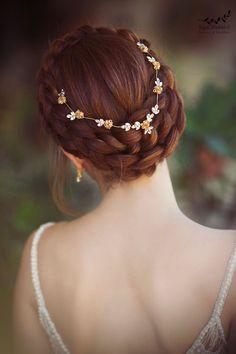 Bridal Braids, Bridal Tiara, Bridal Headpieces, Pearl Bridal, Loose Hairstyles, Wedding Hairstyles, Casual Hairstyles, Boho Headpiece, Wedding Hair Pieces