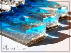 looks like layered resin, it's the water movement that makes it cool Diy Resin Crafts, Diy Arts And Crafts, Uv Resin, Resin Art, Epoxy, Resin Sculpture, Soap Packaging, Soap Recipes, Resin Jewelry