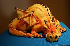 Dragon cake by Dina Pinheiro