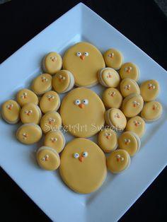 so cute! Simple Easter chick cookies.