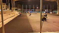 Hasta en la noche trabajan contratistas de la @gobernacioncauca para entregar obras en escenarios deportivos de #Popayán @1oscarcampo
