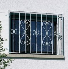 Home Window Grill Design, Modern Window Design, Iron Window Grill, House Window Design, Door Design, Grill Gate, Door Grill, Wrought Iron Decor, Iron Wall Decor