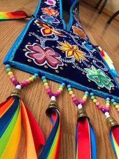 Native American Clothing, Native American Regalia, Native American Crafts, Native American Beadwork, Powwow Beadwork, Native Beadwork, Native Humor, Indigenous Education, Jingle Dress
