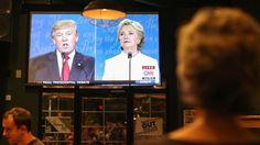 """¿Quién ganó el debate? David Axelrod, comentarista político partidario de Clinton, escribió también en Twitter: """"El candidato que ya está 8 puntos por debajo acaba de sufrir un debate final devastador"""".  Eso por mencionar, sólo a dos. Quien más quien menos, salió a las redes sociales a defender al suyo."""