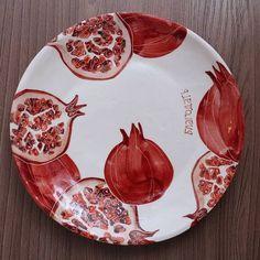Most up-to-date No Cost Ceramics art modern Strategies Pomegranate Ceramics – Art Modern Pottery Plates, Ceramic Plates, Ceramic Pottery, Pottery Art, Decorative Plates, Pottery Painting, Ceramic Painting, Ceramic Art, Plate Art