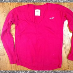 ✨Reduced✨Hollister sweater Pink hollister sweater. Size XS Hollister Sweaters