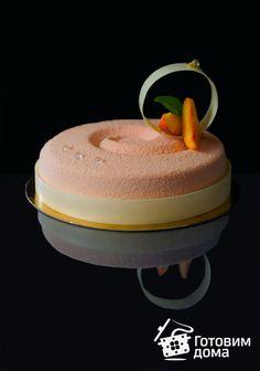 """Торт """"Персик-клубника-карамель"""" фото к рецепту 17"""