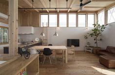 translation missing: id.style.ruang-keluarga.modern Ruang Keluarga by 株式会社建楽設計