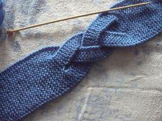 Bandeaux tressés - Le blog de MALELE44 Crochet Quilt, Knit Crochet, Crochet Hats, Diy Headband, Headbands, Easy Knitting, Knitting Patterns, Bandeau Crochet, Knitted Headband Free Pattern
