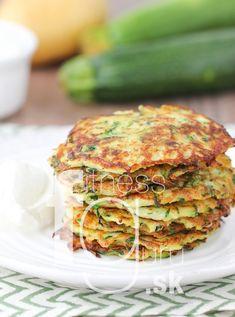 Salmon Burgers, Falafel, Zucchini, Gnocchi, Tofu, Paleo, Quinoa, Food And Drink, Low Carb