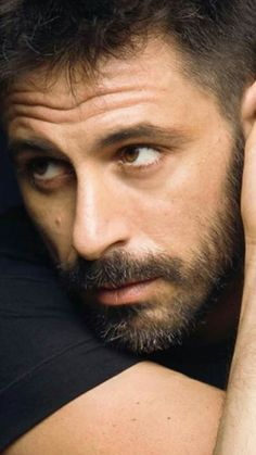 Hugo Silva, Hollywood Fashion, Hollywood Style, Dramatic Arts, My Dream Came True, Bearded Men, Crushes, Handsome, Actors
