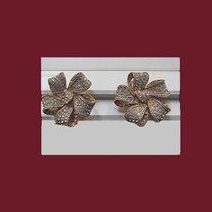 Thelma DEUTSCH faux diamond clip earrings. by VINTAGEJOOLSFORYOU