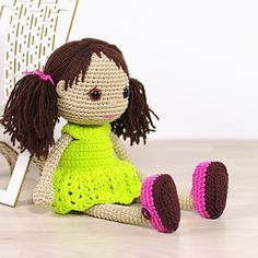 This written crochet pattern includes all the instructions needed to make your own doll with cute pigtails and removable dress and shoes. ♡