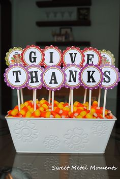 cute centerpiece with free printables