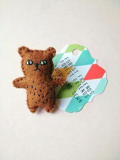 Cheeky Bear Felt Brooch Embroidery Animal Pin by LittleVandFriends