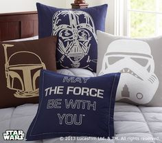 Star Wars Shams from Pottery Barn Kids. Pretty awesome for Littles (and not so Littles) who are Star Wars fans Star Wars Love, Star War 3, Decoracion Star Wars, Star Wars Bedroom, Star Wars Bedding, The Force Is Strong, Love Stars, Pottery Barn Kids, My New Room