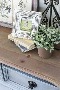natural shade variations in the wood and adds just a hint of gray. It's Grey Bedroom Furniture, Bedroom Furniture Makeover, Bedroom Ideas, Oak Bedroom, Bedroom Bed, Bedroom Decor, Chalk Paint Furniture, Furniture Refinishing, Diy Furniture