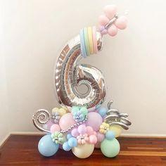 Balloon Crafts, Birthday Balloon Decorations, Birthday Balloons, Paper Decorations, Balloon Ideas, Barbie Birthday Party, Baby Girl Birthday, Balloon Arrangements, Balloon Centerpieces