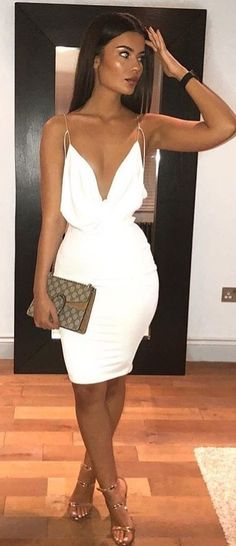 woman in white spaghetti strap mini dress standing in front bla. - outfits , woman in white spaghetti strap mini dress standing in front black wooden door. Casual Dress Outfits, White Outfits, Trendy Dresses, Classy Outfits, Sexy Dresses, Cute Dresses, Fashion Dresses, Casual Clothes, Kohls Dresses