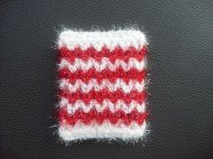 무료도안으로 흔한 사각 수세미예요쫌 뜨신다~하는 분들은 완성샷만 보고도 쉽게 뜨시겠지만..이건 완전 초... Doilies, Bauhaus, Crochet Patterns, Place Mats, Crochet Pattern, Crochet Stitches, Knit Patterns