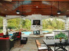 Área gourmet junto à piscina