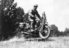 America is plunged into World War II. Production of civilian motorcycles is almost entirely suspended in favor of military production. The Service School is converted back to the Quartermasters School for the training of military mechanics. | Harley-Davidson 1941