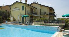 Residenza Orchidee , Lazise,  דירות חדר או 2 חדרי שינה בלאציזה, בריכה וביקורות טובות