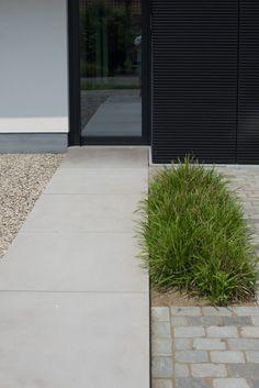 Back Gardens, Small Gardens, Outdoor Gardens, Garden Pavers, Backyard Landscaping, Landscape Architecture, Landscape Design, Love Garden, Contemporary Garden