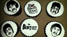 Cupcake pintados The Beatles!!!!