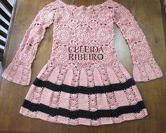 Vestido de crochet que fiz para a marca Juliana Telles! Já havia feito uma blusa nessa cor e que fez o maior sucesso!!!! Amei o resultado d...