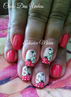 Unhas decoradas em vermelho flowers nails em 2019 ногти, маникюр e дизайн н Nautical Nails, Nail Arts, Toe Nails, Simple Designs, Nail Art Designs, Flowers, Beauty, Edgy Nail Art, Chic Nails