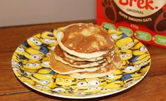 Ready Brek oat pancakes are a super easy, wheat free, alternative to flour pancakes. Syn free pancakes on Slimming World & can be gluten free. astuce recette minceur girl world world recipes world snacks Slimming World Oat Pancakes, Slimming World Breakfast, Easy Slimming World Recipes, Slimming World Desserts, Slimming Eats, Syn Free Pancakes, Tasty Pancakes, Gluten Free Porridge, Gluten Free Oats