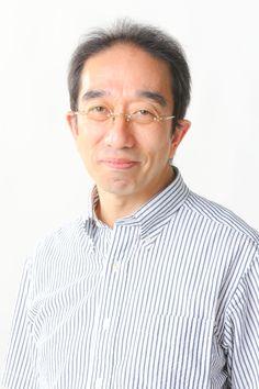 ゲスト◇根本隆一郎(Ryuichiro Nemoto)1961年、埼玉県所沢生まれ。中央大学法学部中退。テレビ・イベント制作会社テレビランドで主に寄席、演芸関連の企画・番組制作に携わる。2003年、「NPO法人古き良き文化を継承する会」を設立、代表理事に就任。映画やジャズ、ミュージカル、落語など10万点以上に上る資料を基に展覧会やイベント、テレビ番組、出版企画など手掛けている。