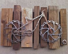 """Bike Art - """"reserved for Betty"""" - Fahrrad Bicycle Decor, Bicycle Art, Bicycle Design, Bicycle Crafts, Cycling Tattoo, Bike Craft, Recycled Bike Parts, Mountian Bike, Scrap Metal Art"""
