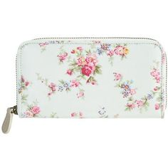 This pretty Washed Roses zip wallet is great for those who prefer a roomier purse. Made from durable oilcloth, it features a central zip pocket to keep your loose change secure, and extra compartments to safely store notes and cards. A beautiful and practical purse, which will look great with one of our handbags in a contrasting print.