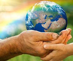 Aujourd'hui c'est la journée mondiale de la Terre. Pensez à recycler vos objets avec Troc.com pour préserver notre planète !