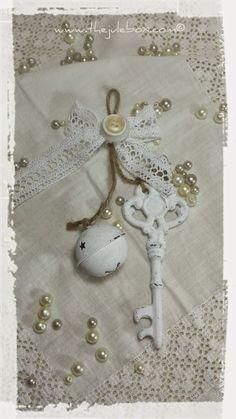 """The Jule Box"": My 2014 Shabby Chic Handmade Christmas Ornaments"
