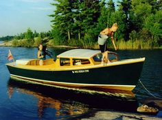 Atkin's Ninigret, a very lovely craft indeed. Make A Boat, Build Your Own Boat, Diy Boat, Best Boats, Cool Boats, Small Boats, Wooden Boat Plans, Wooden Boats, Yacht Builders