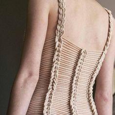crochelinhasagulhas: Vestido em crochê Helen Rödel