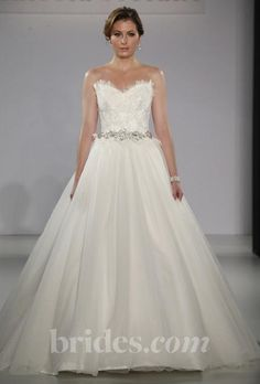 Maggie Sottero Gracelyn: buy this dress for a fraction of the salon price on PreOwnedWeddingDresses.com