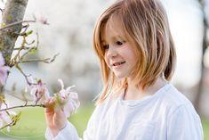 Frühlingsshooting im Stiftsgarten in Seitenstetten Girls Dresses, Flower Girl Dresses, Wedding Dresses, Fashion, Bridal Dresses, Moda, Dresses For Girls, Bridal Gowns, Wedding Dressses