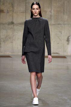 J.W.Anderson Fall 2013 Ready-to-Wear Fashion Show - Josephine Le Tutour