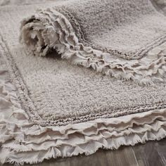 A treat for wet feet our cotton bath rug is made for long-lasting comfort and easy care. And if youre looking for a little frill it has a sweet ruffled border. - Bathroom Rugs - Ideas of Bathroom Rugs White Bathroom, Modern Bathroom, Small Bathroom, Master Bathroom, Bathroom Ideas, Coral Bathroom, Master Baths, Bathroom Closet, Boho Bathroom