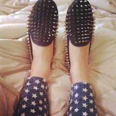 I need some spiked flats in my life.