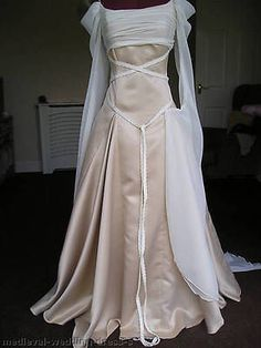 Custom made new pagan medieval wedding dress champagne gold oyster ivory cream Moda Medieval, Medieval Gown, Medieval Wedding, Celtic Wedding, Wiccan Wedding, Medieval Gothic, Gothic Wedding, Elegant Wedding, Pagan Wedding Dresses