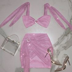 Image discovered by Amore Perez. Find images and videos about fashion, pretty and pink on We Heart It - the app to get lost in what you love. Girly Outfits, Casual Outfits, Cute Outfits, Fashion Outfits, Womens Fashion, Fashion Trends, Pink Fashion, Fashion Clothes, Fashion Fashion