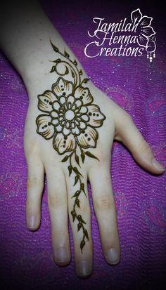 flower vine henna www.jamilahhennacreations.com