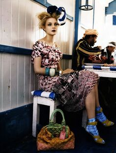 travel. Jessica Stam photographed by Patrick Demarchelier in Vogue UK May 2008. #fashioneditorial